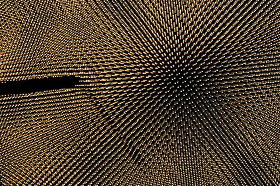 Zoom in die Spitze eines abbiegenden Risses.